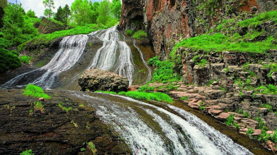 Jermuk_Waterfall4